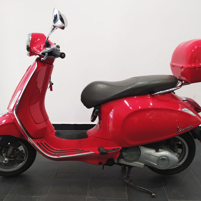 Vespa-125-Primavera-02
