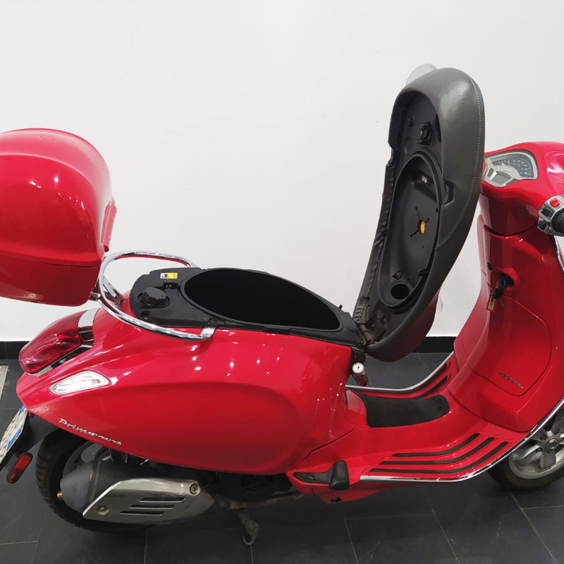Vespa-125-Primavera-03